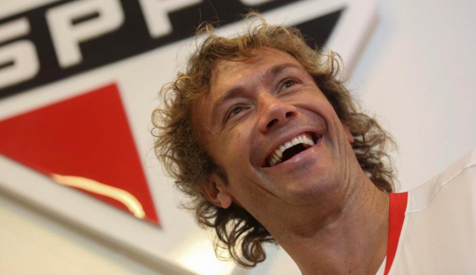"""Fama. En Brasil, Diego Lugano sigue siendo un referente de """"la Celeste"""", aún fuera de ella. Foto: EFE"""