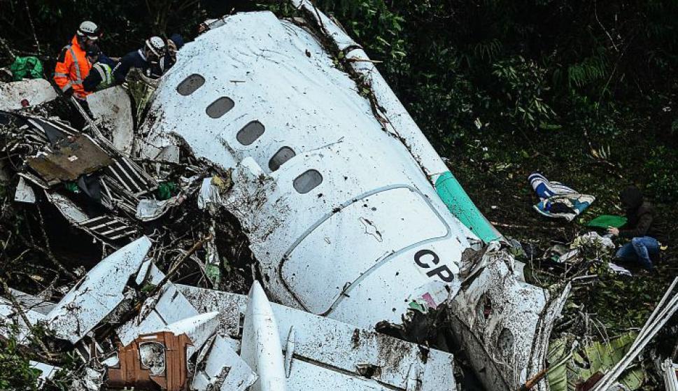 Avión de Lamia en el que viajaban los futbolistas del Chapecoense. Foto: AFP.