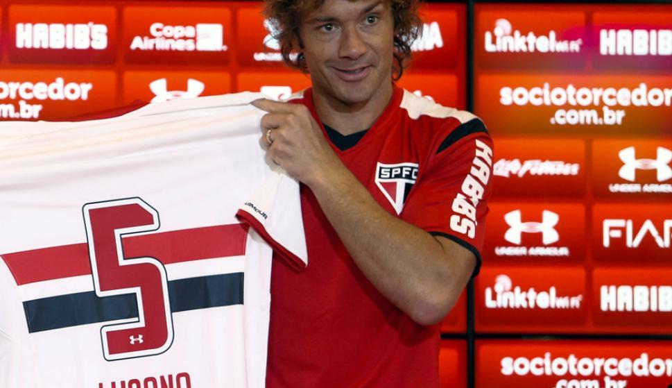 Diego Lugano afirmó que en Brasil solo juega en San Pablo. Foto: EFE