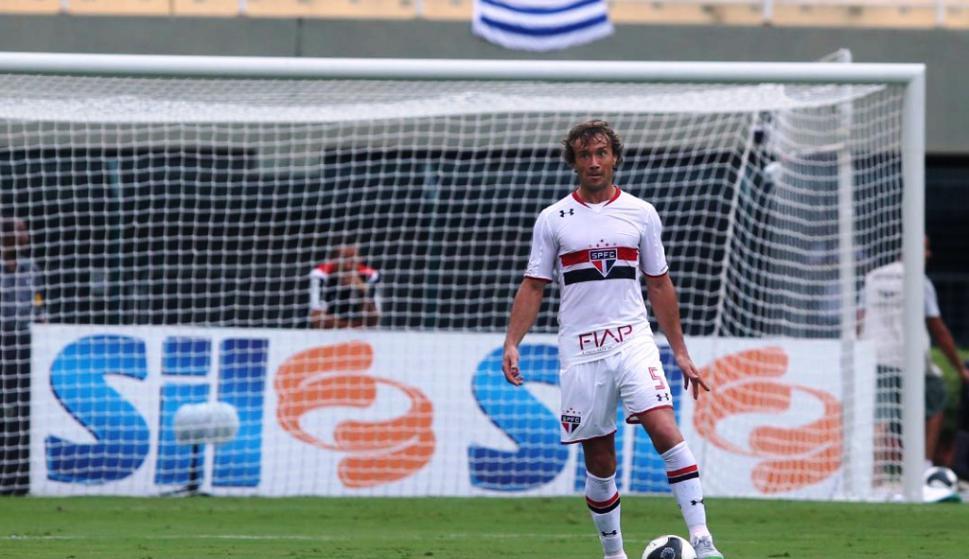 Diego Lugano jugó en Sao Paulo 10 años después. Foto: saopaulo.net