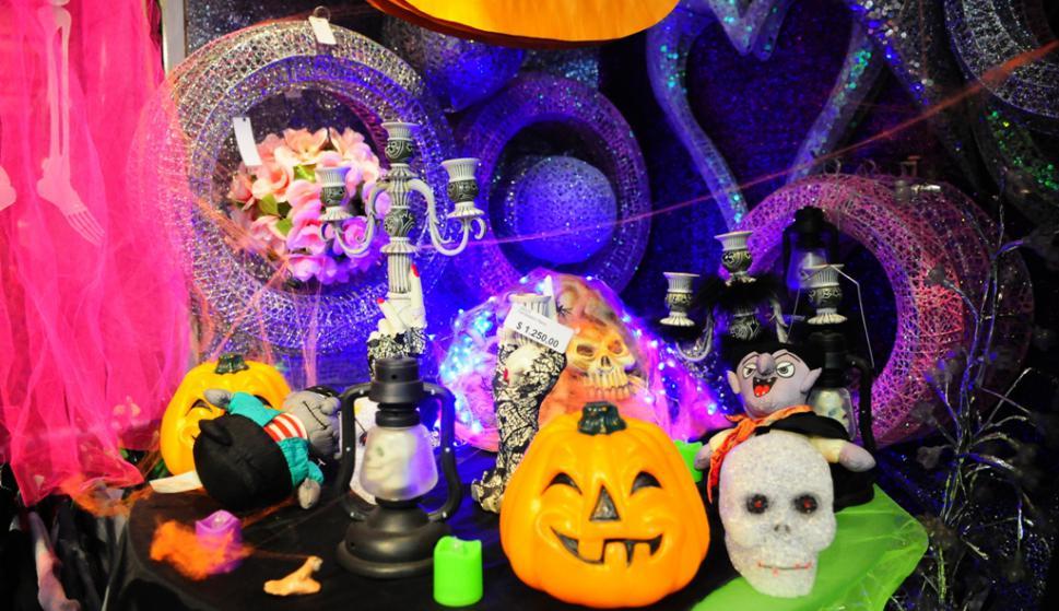 Disfraces de novicia se agotan en Halloween por telenovela ...