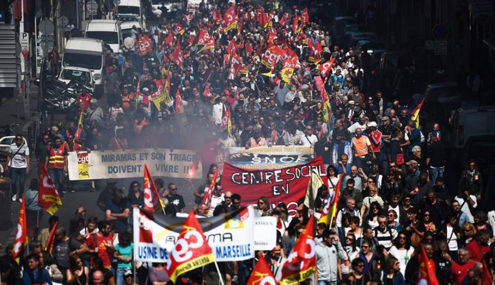 La reforma laboral fue una de las promesas de campaña de Macorn. Foto: AFP.