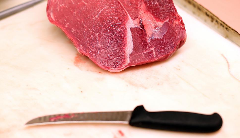 Carne de venta al público.