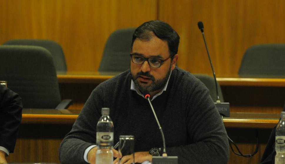 Charles Carrera, senador. Foto: Ariel Colmegna.