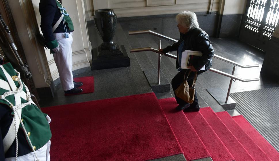 Lucia Topolansky en antes de asumir la Vice Presidencia de la Republica ante la Asamblea General. Foto: Fernando Ponzetto