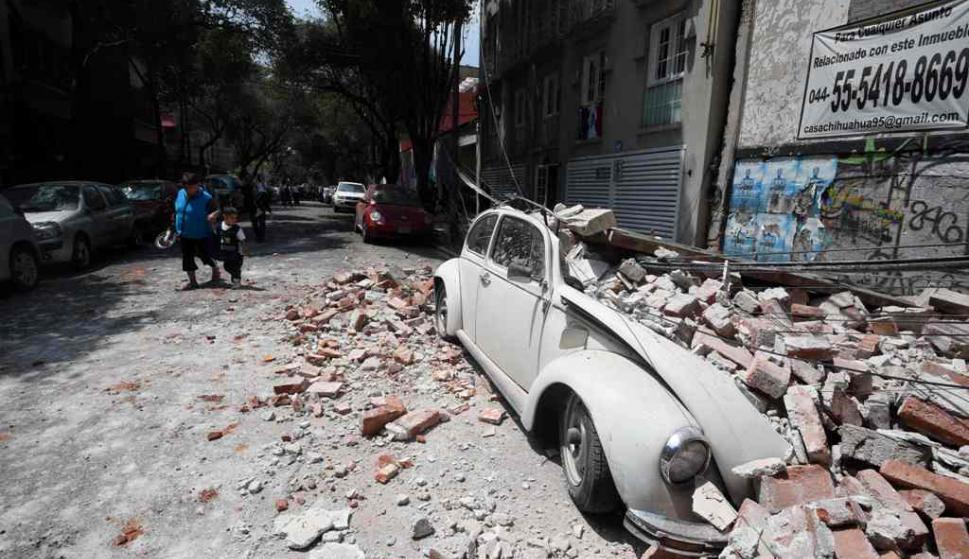 Derrumbes tras el terremoto en Ciudad de México. Foto: AFP