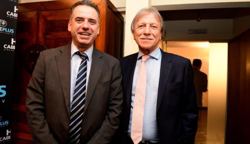El intendente de Canelones Yamandú Orsi y Edgar Welker.
