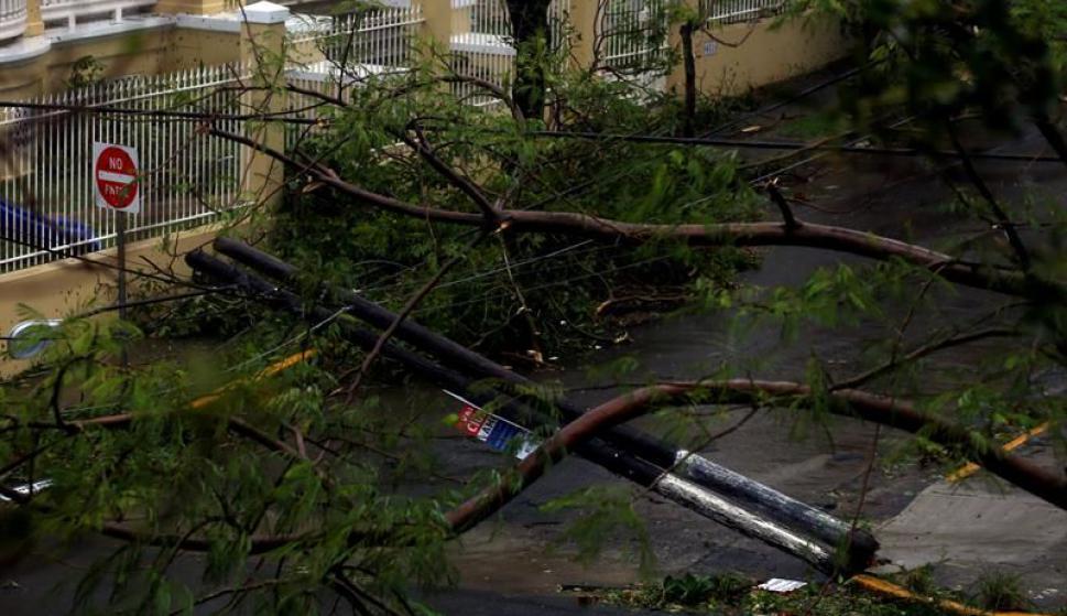 El huracán María toca tierra en el sureste de Puerto Rico. Foto: EFE