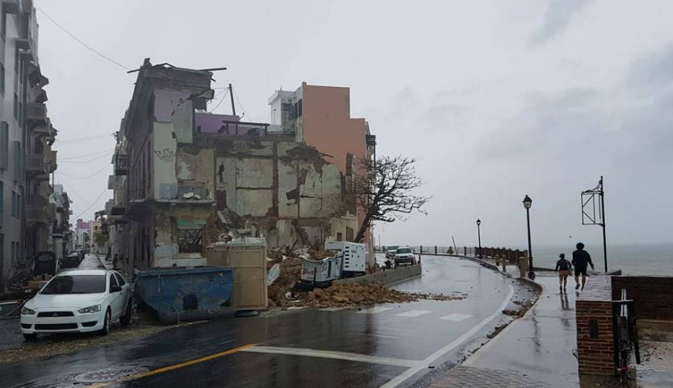 Serios daños en estructuras tras el paso del huracán. Foto: Reuters.