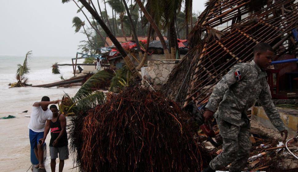 El Centro de Operaciones de Emergencia (COE) aumentó de 21 a 23 las provincias en alerta máxima, Foto: Reuters