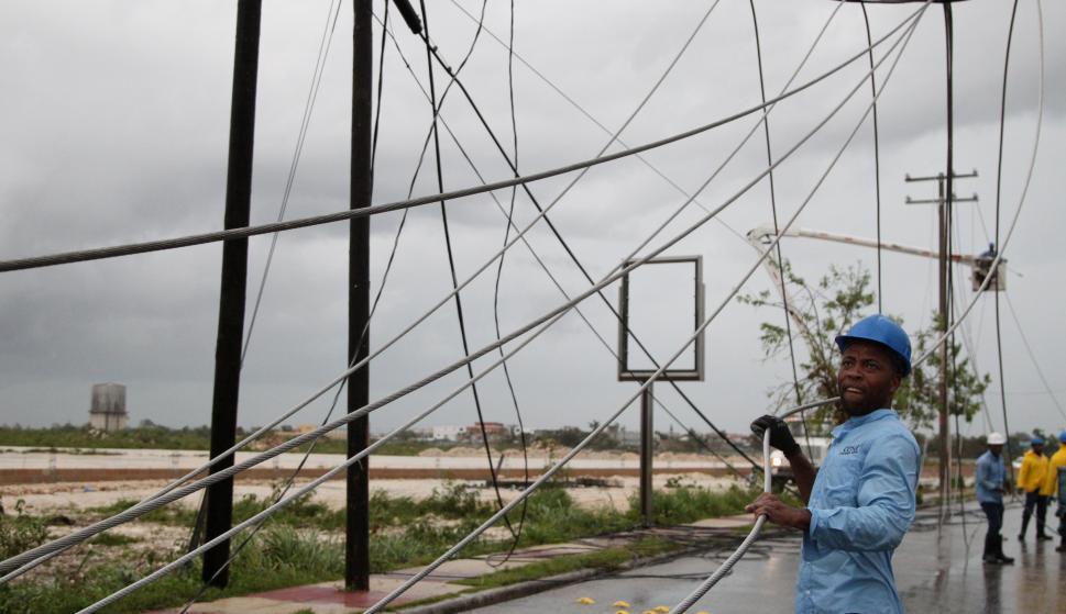 Unas 100.000 personas quedaron sin servicio de energía. Foto: Reuters