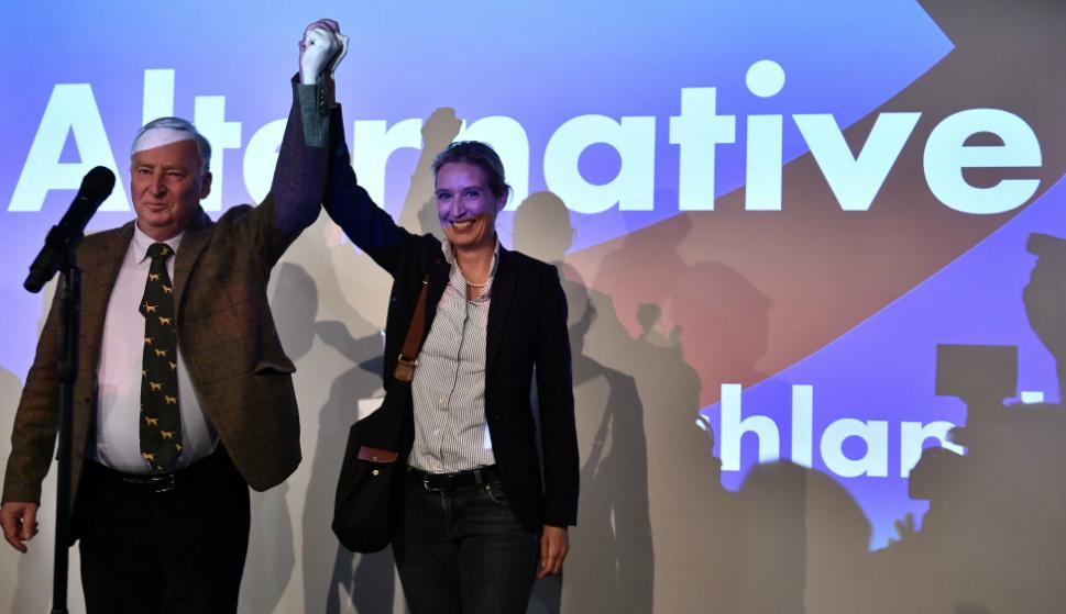 Los candidatos de ultraderecha Alexander Gauland y Alice Weidel. Foto: AFP