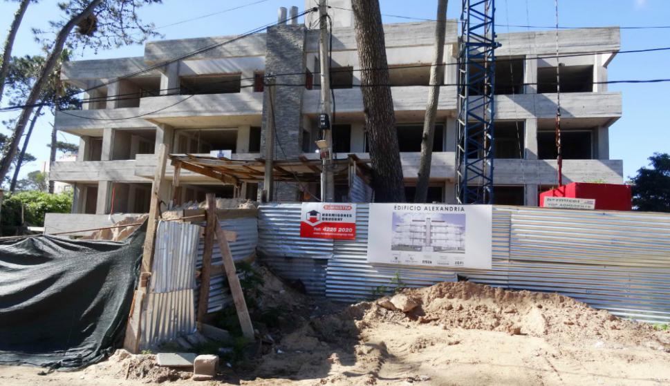 Cuatro futbolistas de la selección argentina de fútbol están desarrollando un complejo habitacional. Foto: R. Figuerdo