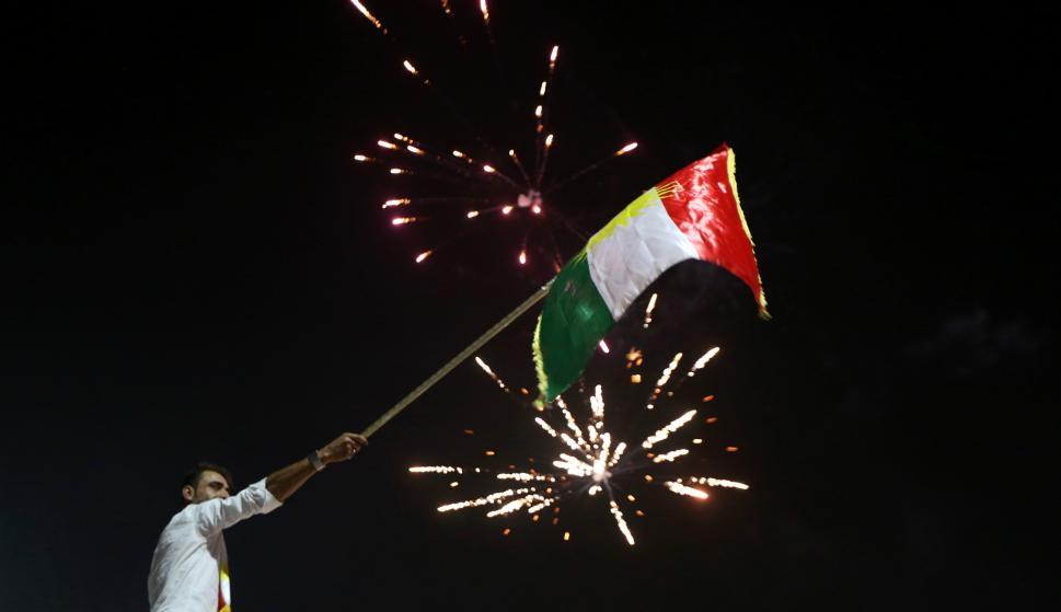 Festejos de la comunidad kurda en Irak tras el referéndum. Foto: AFP.