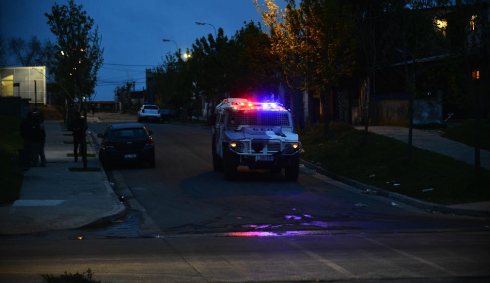Blindados: el despliegue dispuso las mejores armas policiales. Foto: Gerardo Pérez