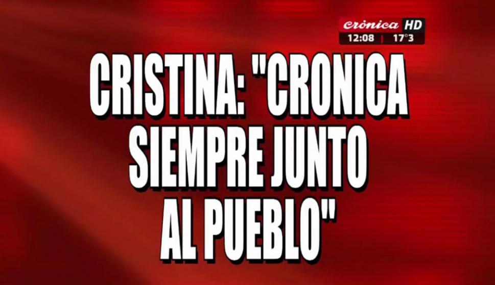 Las placas de la visita de CFK a Crónica.