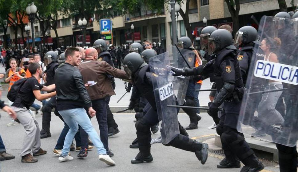Enfrentamientos en España. Foto: EFE
