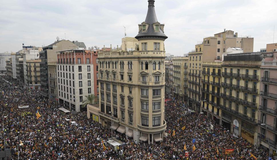 Unas 700 mil personas se manifestaron a favor de la independencia. Foto: AFP