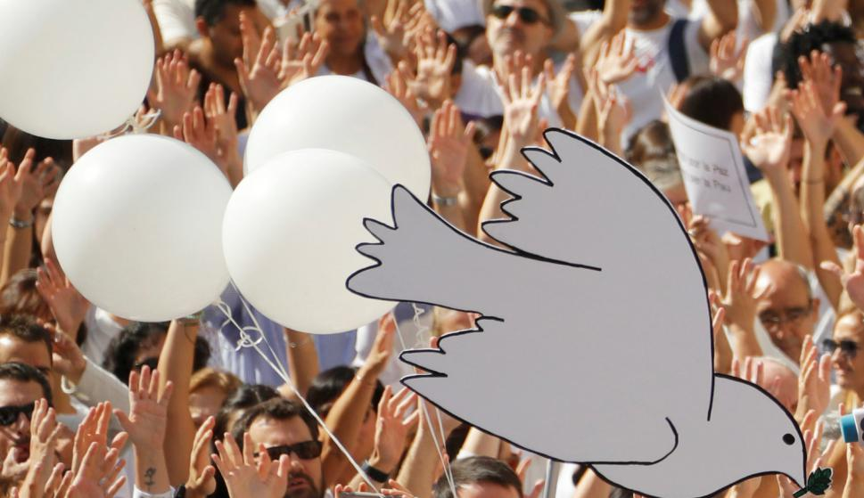 """Manifestación """"Hablemos"""" en Barcelona. Foto: Reuters."""