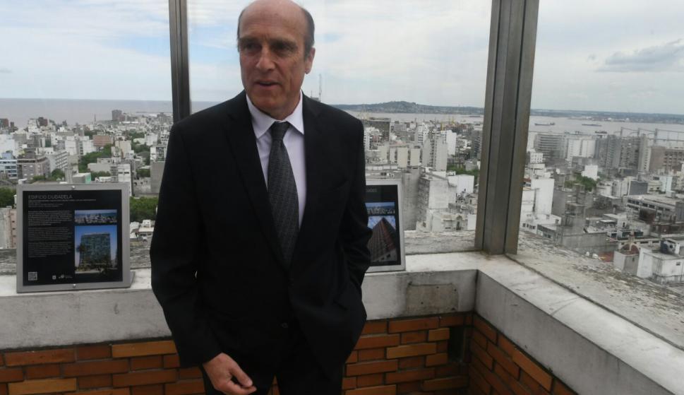 El intendente Daniel Martínez en la reinauguración. Foto: Ariel Colmegna