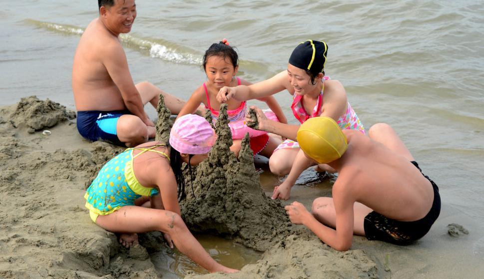 Wonsan, una mezcla de playa con misiles. Foto: Reuters