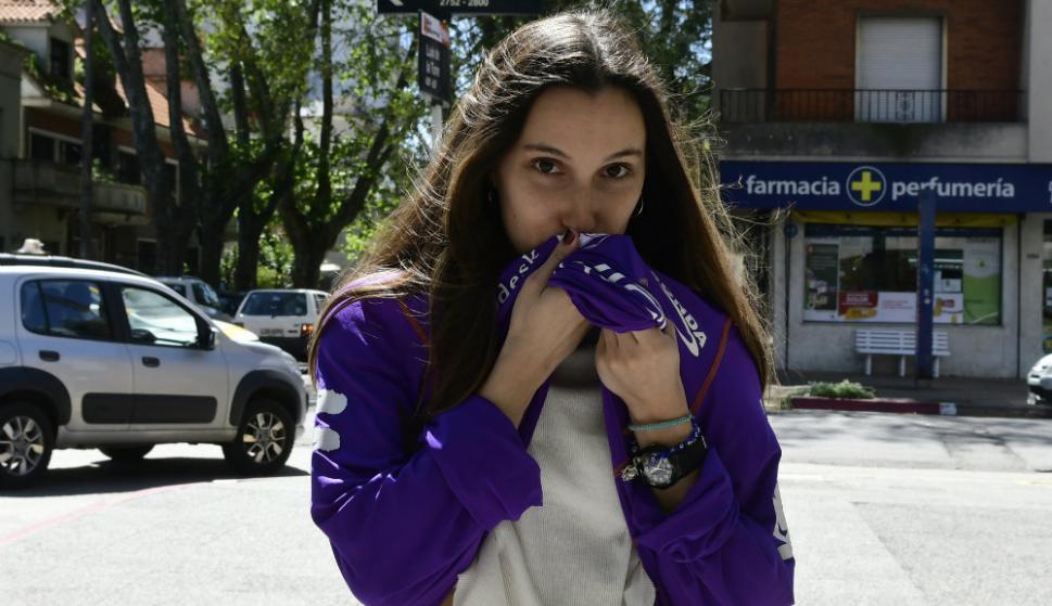 Fabiana no se pierde ni un partido de Defensor