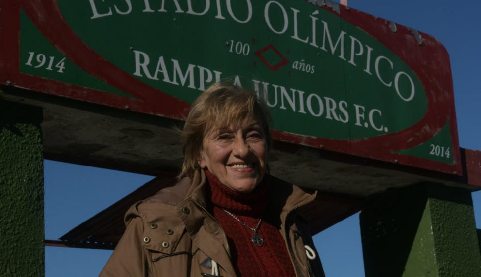 Isabel, además de hincha, es presidenta de Rampla
