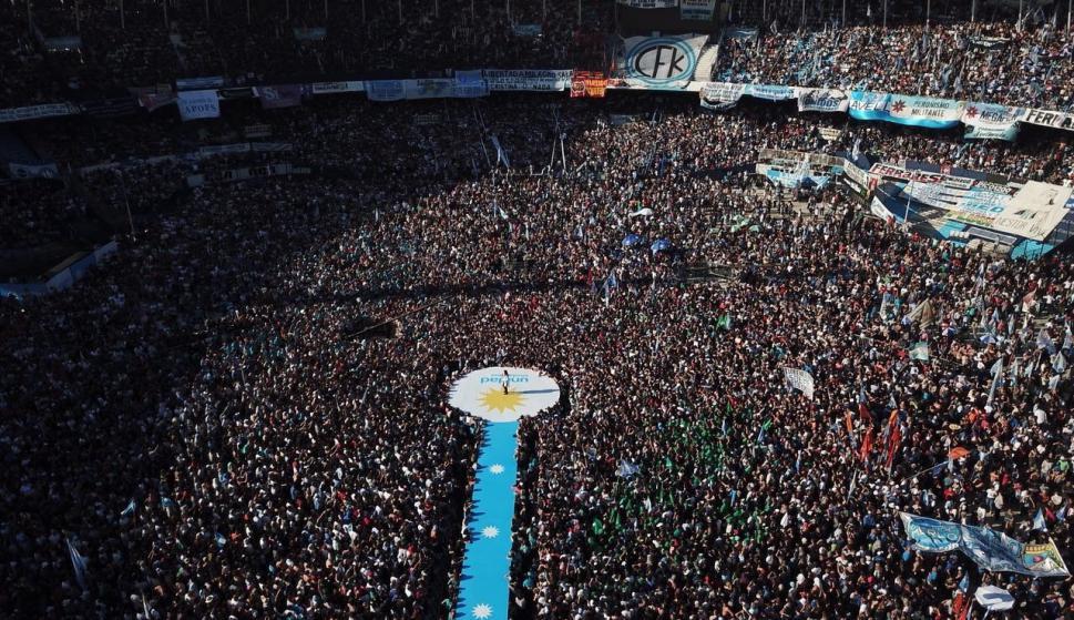 Acto de cierre de campaña de Cristina Fernández de Kirchner. Foto: EFE