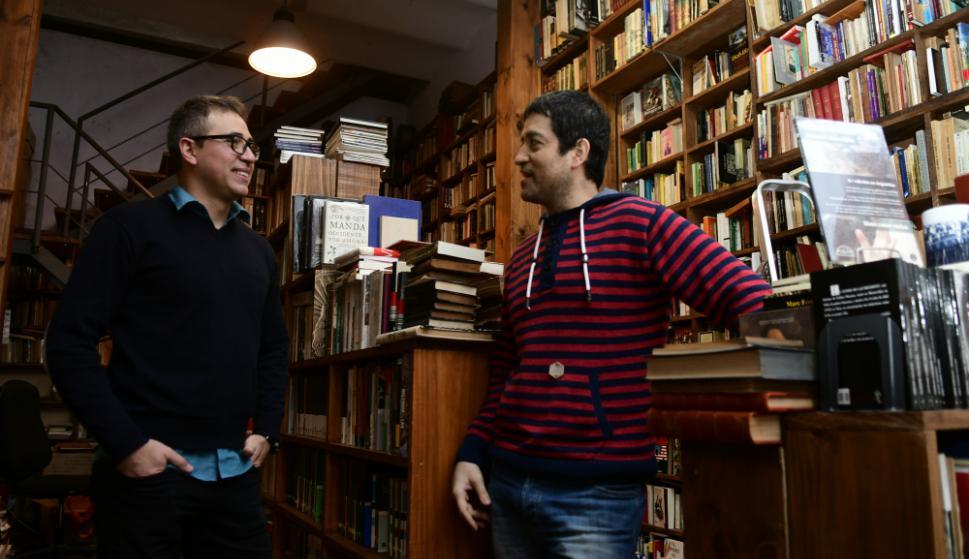 Alexis y Nicolás Vaz, la nueva generación de cazadores de bibliotecas.