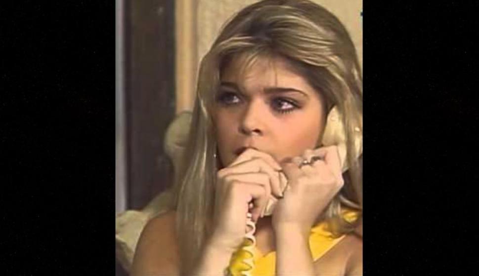 """Antes de quedar inmortalizada por su papel de """"Soraya Montenegro"""" en la telenovela """"María, la del barrio"""", Itatí Cantoral tuvo su primera oportunidad en la telenovela """"Muchachitas"""" de 1991."""