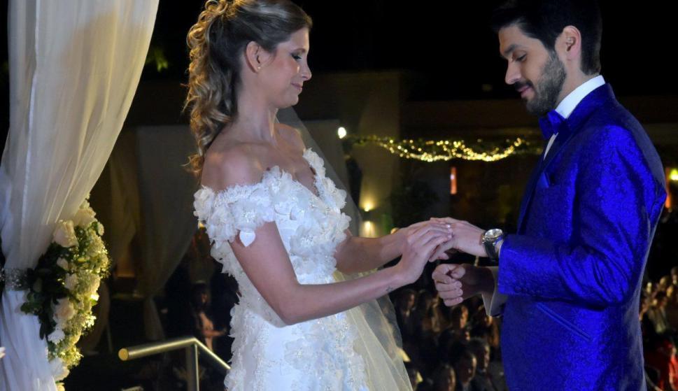 Natalie Yoffe y Andrés Ojeda al momento de las alianzas.