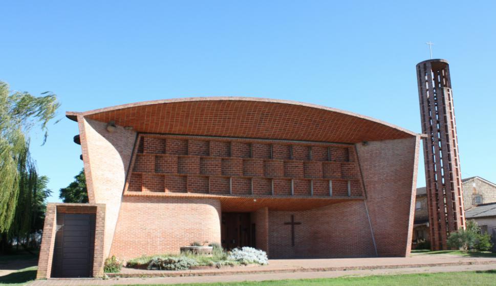 En Atlántida: a 40 km de Montevideo, la iglesia costó menos que un galpón. Foto: Archivo