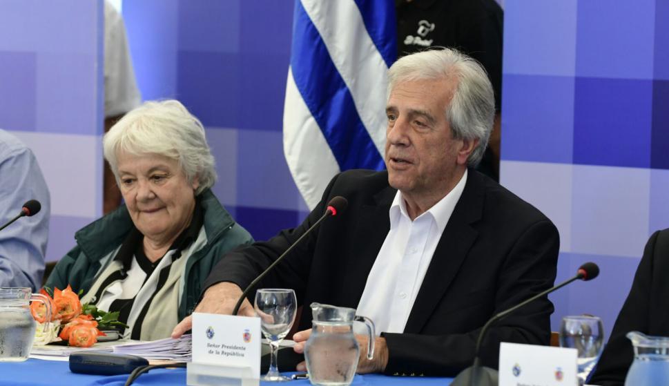 Tabaré Vázquez y Lucía Topolansky en Flores. Foto: Darwin Borrelli