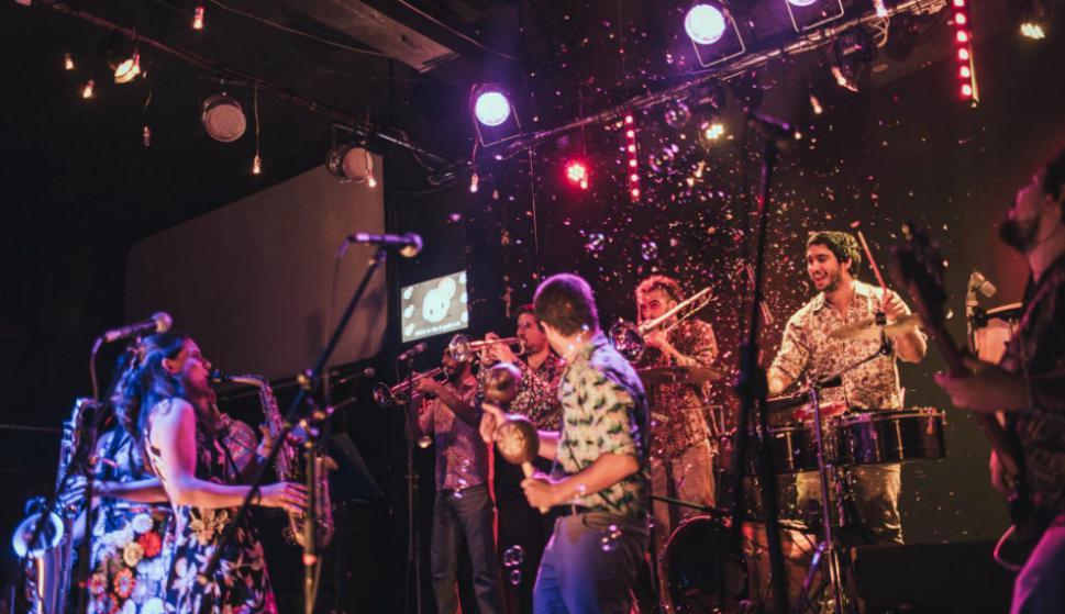 La Imbailable Cumbia Orquesta