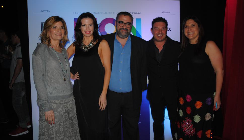 Marina Nuñez, Teresa Costantini, Mercedes Funes, Jaime Clara, Damian De Santo, María José Scremini.