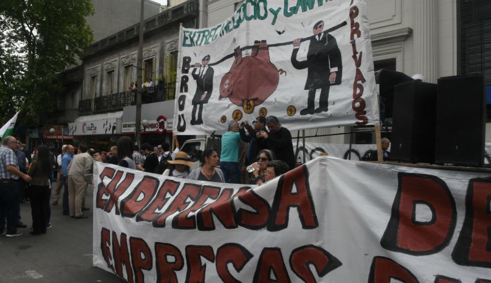 Sindicato de trabajadores del BROU realiza ocupaciones de sucursales con el objetivo de evitar cierre de los locales. Foto: A. Colmegna