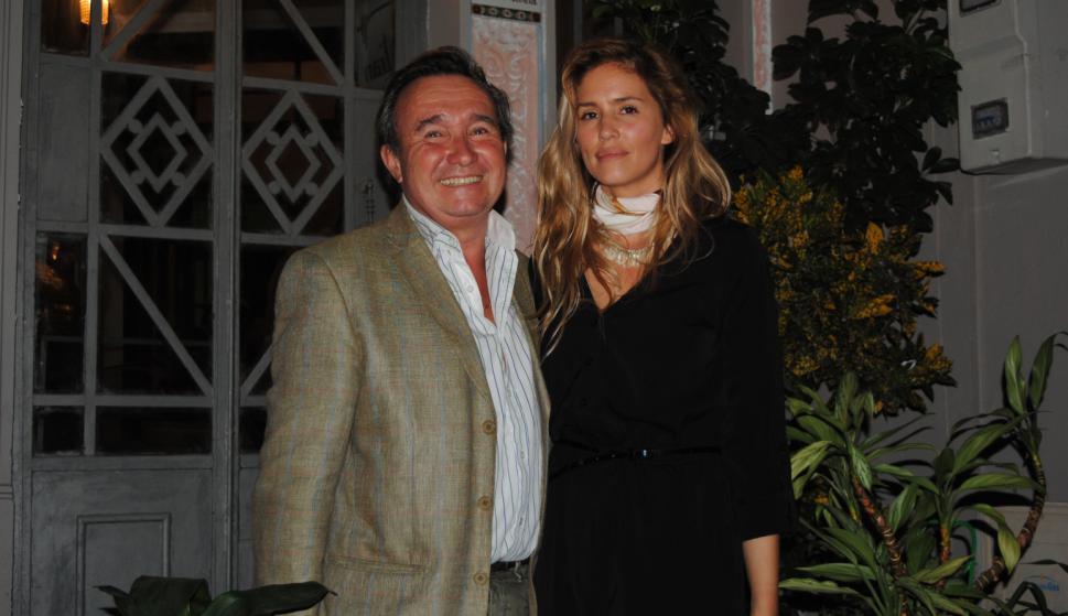 Alfredo Etchegaray, Claudia Echeverry.
