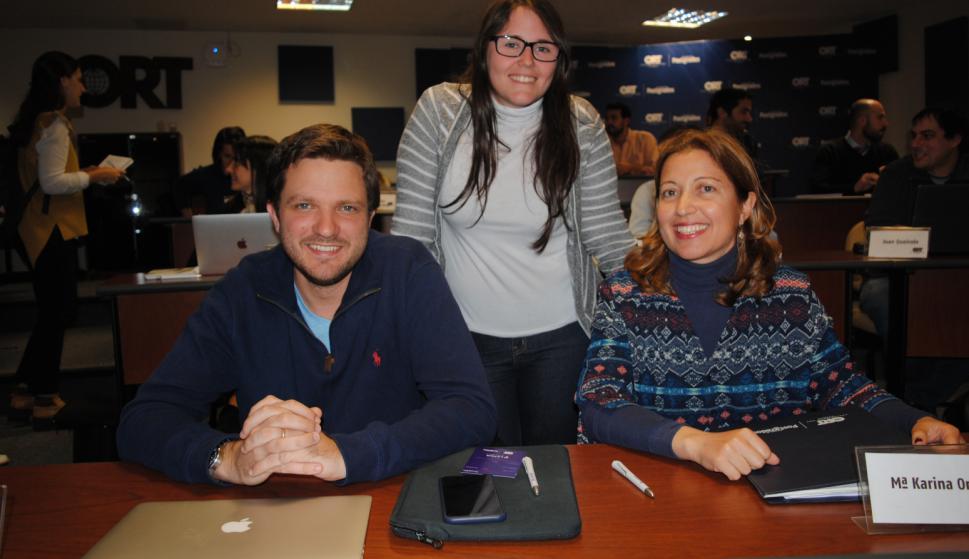 Manuel Domenech, Karina Ortiz, Joanna Peluffo.