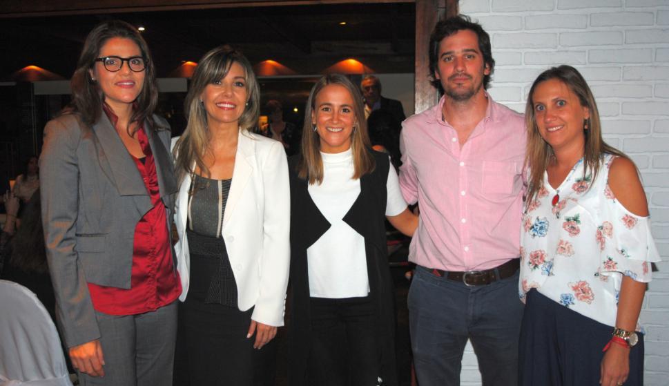 María Mónica de los Campos, Rosario Collazo, Daniela Mera, Eduardo Harley, Alejandra Lado.
