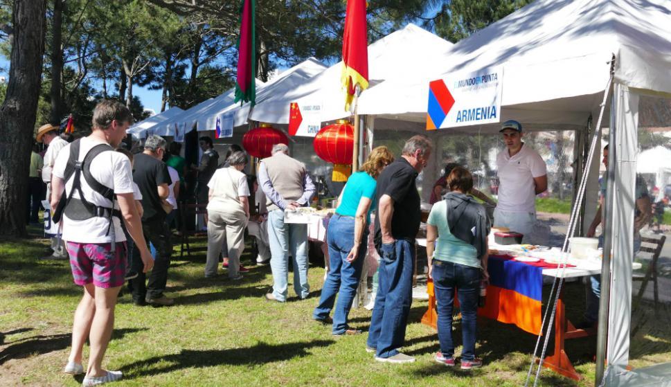 Se exhibieron comidas y bailes típicos. Foto: R. Figueredo