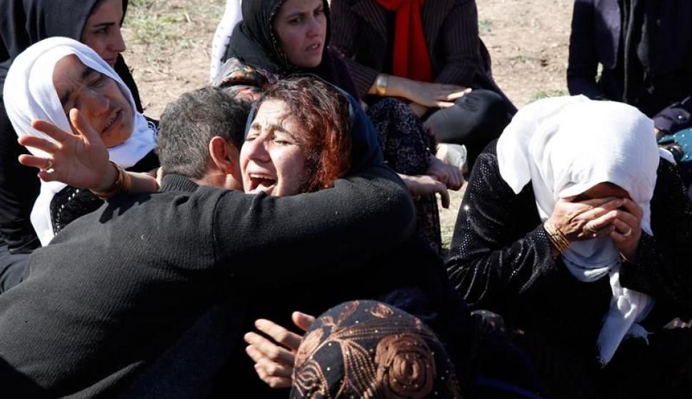 Terremoto en Irán deja más de 300 muertos. Foto: EFE