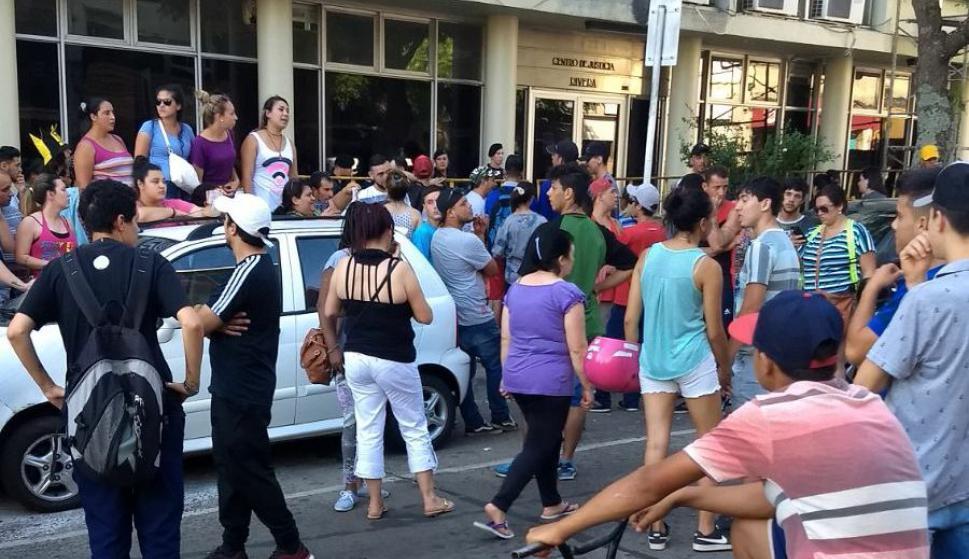 Indignación en Rivera por homicidio de Valentina, una niña de 9 año. Foto: Enrique Ruiz
