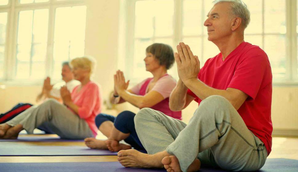 Hacer actividades en grupo ayuda a despejar la mente