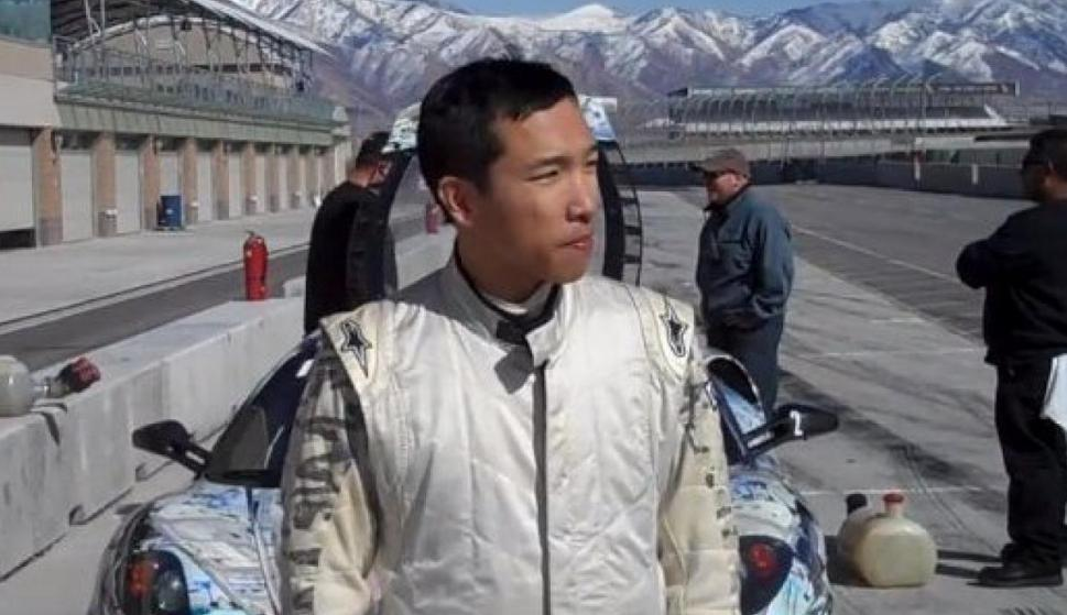 Harry Cheung también fue ingeniero de software en Google, pero se retiró de la empresa en el 2004. Ahora es un inversionista ángel en startups como Caviar, Qwiki, Badgeville, y PrePay. También es fundador de Roostify, una startup que da préstamos para viv