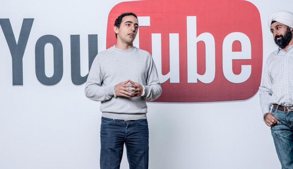 Salar Kamangar sigue trabajando en Google. Fue CEO de Youtube hasta el 2014, cuando cambió de posición a SVP de proudctos para Youtube, un puesto con mayores retos. (Foto: Pinterest)