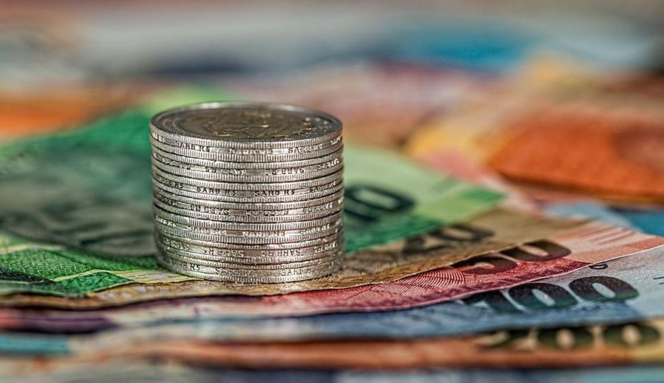 PBI per cápita. Es el ingreso nacional bruto convertido a dólares de los Estados Unidos por cada persona. El monto por cada persona es de 9.720. (Foto: Pixabay)