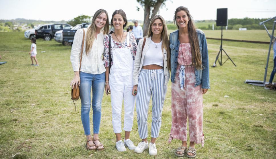 Inés Bueno, Margarita Navarro, Camila Soler, Julieta Decurnex