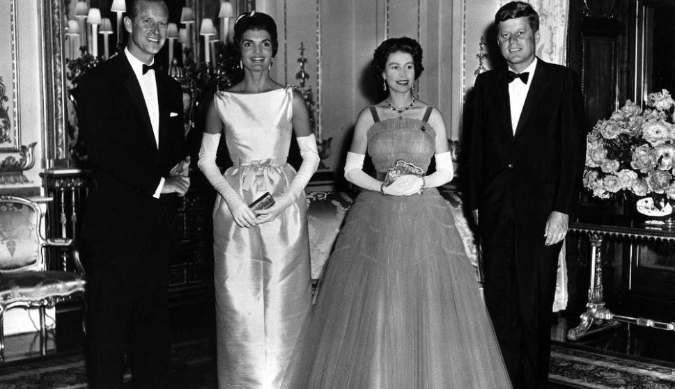 La Reina Isabel y Felipe, Duque de Edimburgo. Foto: Wikimedia Commons