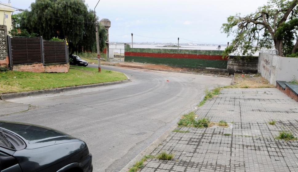 Ingreso. Por este lugar, en las calles México y Turquía, entrarían los parciales de Nacional al Olímpico. Foto: Darwin Borrelli