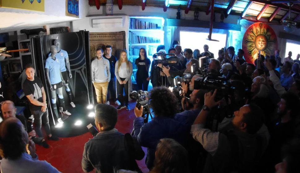 La presentación de la camiseta de Uruguay en Casapueblo. Foto: Ricardo Figueredo